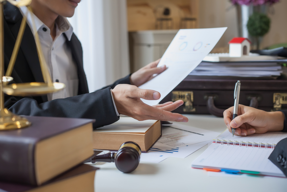Seven Benefits of Becoming Lawyers